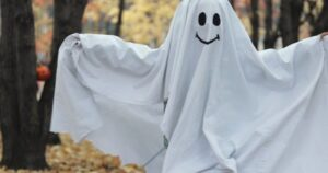 classic halloween costumes Ghost